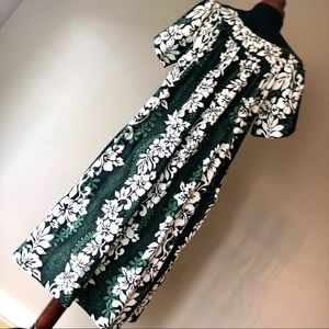 Hilo Hattie Green Hawaiian Dress Size L